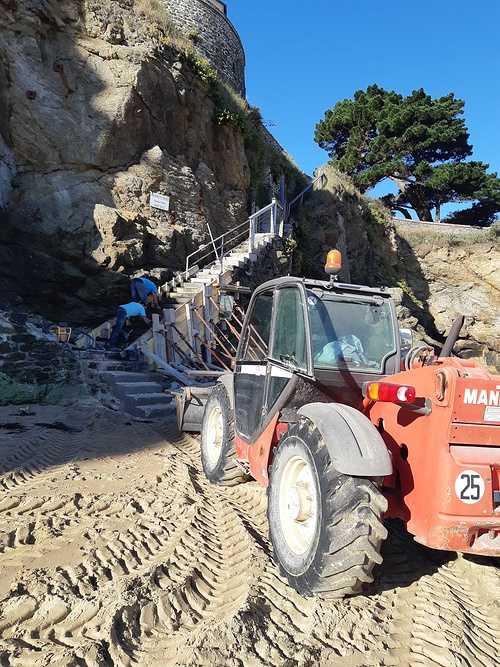 Réparation et coulage d''un escalier béton pour accès plage - Dinard - 35 20181005103702