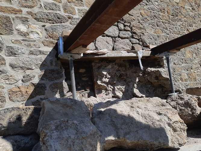 Reprise de maçonnerie suite effondrement d''un pignon pierre - Saint-Malo 0